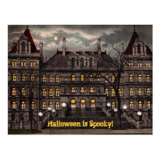 Postal fantasmagórica de Halloween
