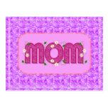 Postal floral rosada de la mamá