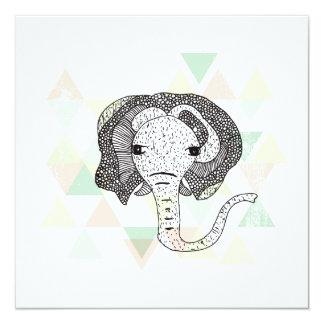"""Postal geométrica del ejemplo del elefante grande invitación 5.25"""" x 5.25"""""""