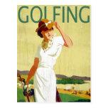 Postal Golfing de la señora golfista del vintage