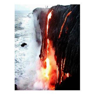 Postal hawaiana de la lava del volcán
