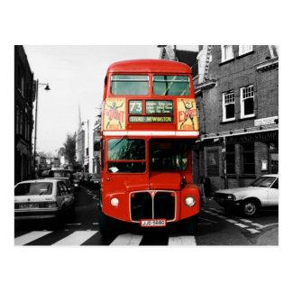 Postal icónica del autobús de Londres