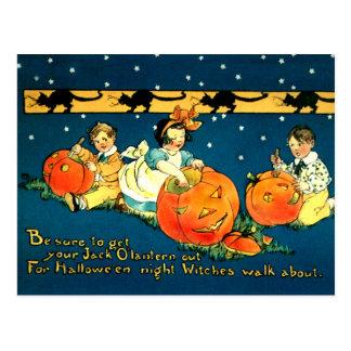 Postal linda de Halloween del vintage