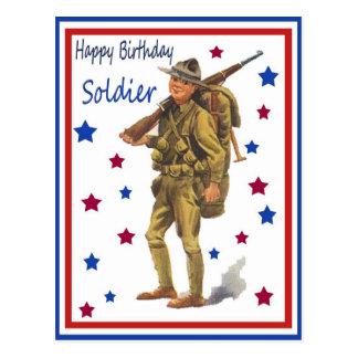Postal militar del soldado del feliz cumpleaños de