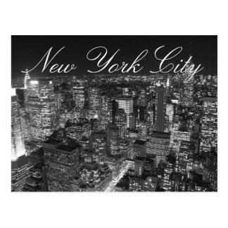 Postal negra y blanca de la escritura de New York