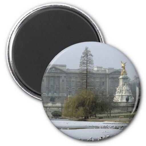 Postal No.7 del Buckingham Palace Imán Redondo 5 Cm