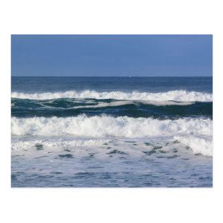 Postal pacífica de las olas oceánicas