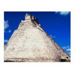 Postal-Pirámide del mago - Uxmal, México