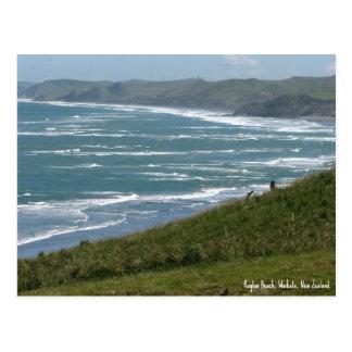 Postal, playa del raglán, Nueva Zelanda
