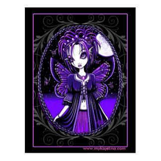 Postal púrpura de la hada de la luna de la maripos