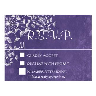 Postal púrpura romántica rústica de RSVP