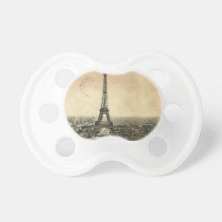 Postal rara del vintage con la torre Eiffel en Chupetes