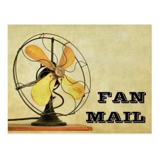 Postal retra de las cartas de admiradores