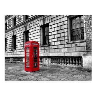 Postal roja de la caja del teléfono de
