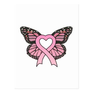 Postal rosada de la mariposa del corazón de la cin