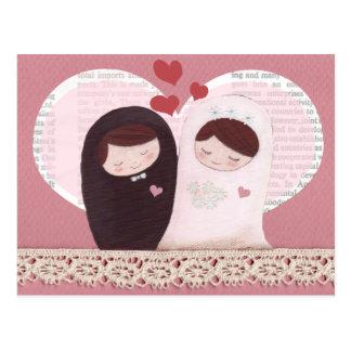 Postal (rosada) feliz del boda