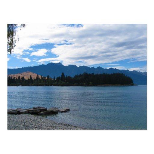 Postal serena del lago