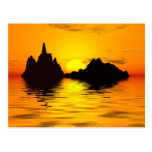 Postal surrealista de la puesta del sol