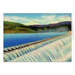 Postal surrealista del paisaje del vintage de una  tarjeta
