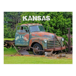 Postal vieja del equipamiento agrícola de Kansas