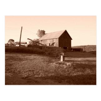 Postal vieja y constante del granero