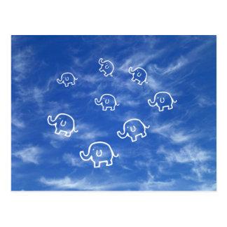 Postal Wispy de los elefantes de la nube
