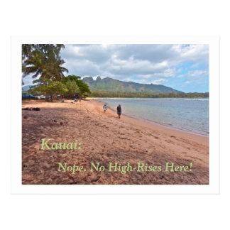 postcard/ COUPLE WALKING ON BEACH IN KAUAI/ NO HIG Postcard