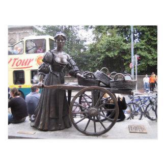 Postcard Molly Malone, Dublin, Ireland