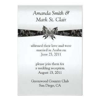 Poste de plata y negro de la mariposa que casa invitación 12,7 x 17,8 cm