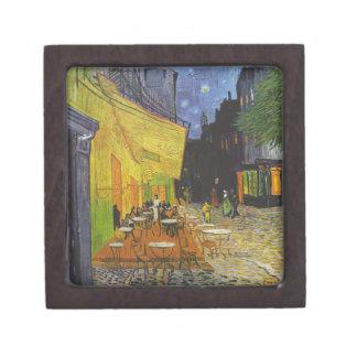 Poste-Impresionista de la terraza del café de Van Cajas De Recuerdo De Calidad