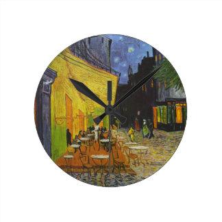 Poste-Impresionista de la terraza del café de Van Reloj Redondo Mediano