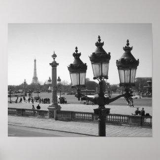 Poste y Eiffel de la lámpara Poster
