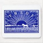 Poster 1910 de la paz del azul alfombrillas de raton
