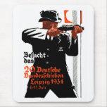 Poster 1934 del tirador alfombrilla de ratones