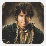 Poster 1 del carácter de Bilbo Calcomania Cuadrada Personalizada