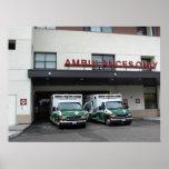 Poster: - Ambulancias en el hospital de las ciudad