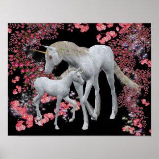 Poster blanco de la fantasía del unicornio y del p