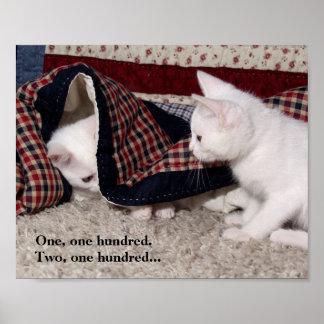 Poster chistoso del escondite del gatito