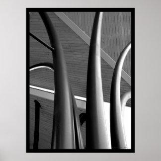 Poster de acero de los pilares (BW) Póster