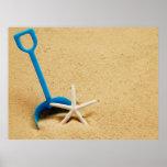 Poster de la diversión de la playa de la pala y de
