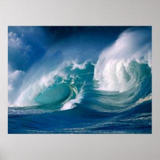 poster de la ola oceánica