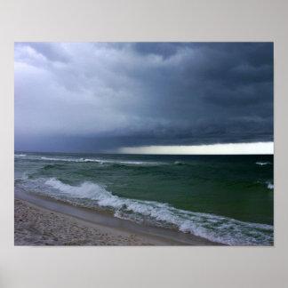 Poster de la orilla tempestuosa del océano