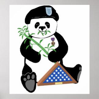 Poster de la panda del día de fuerzas armadas de a