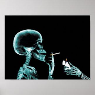 poster de la radiografía que fuma
