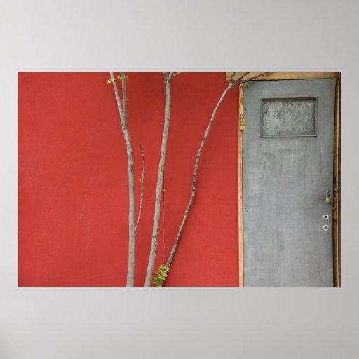 poster de las ramas de la puerta y de árbol
