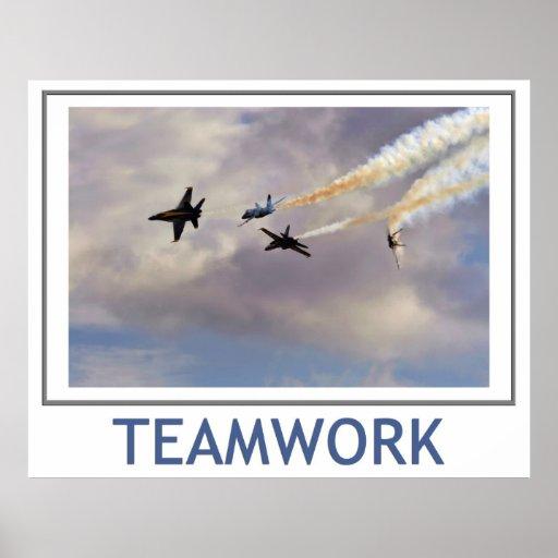 Poster de los ángeles azules del trabajo en equipo