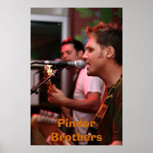 Poster de los hermanos de Pinder