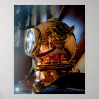Poster del casco de los buceadores del mar profund