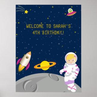 Poster del cumpleaños del astronauta del espacio e