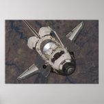 Poster del descubrimiento del transbordador espaci
